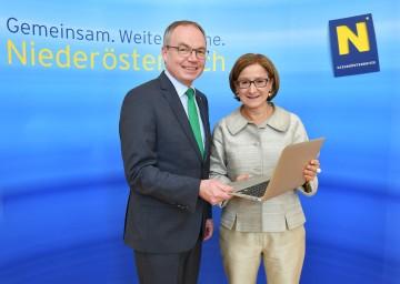 Landesrat Dr. Stephan Pernkopf und Landeshauptmann-Stellvertreterin Mag. Johanna Mikl-Leitner