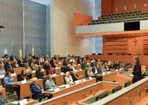 Frauen-Landesrätin Christiane Teschl-Hofmeister lud am Samstag, 4. Mai, zu einem Festakt anlässlich 100 Jahre Frauenwahlrecht in den Landtagssaal im Landhaus St. Pölten